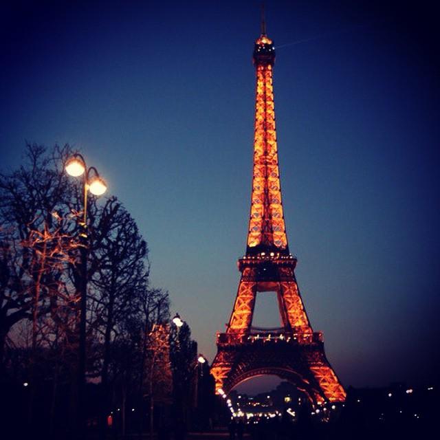 I miss Paris #paris #urban #instagram #photoofday #lifemoments #lifeinphotos #inspiration #citylights #travel #traveler #bestmoments #two_themes